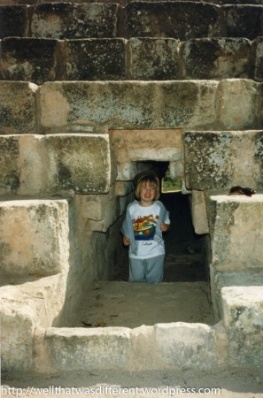 This is not a bathroom. It is a Maya ruin. I think there was a sort of concrete outhouse at the site. My daughter did not touch it.