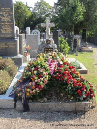 A recent burial.