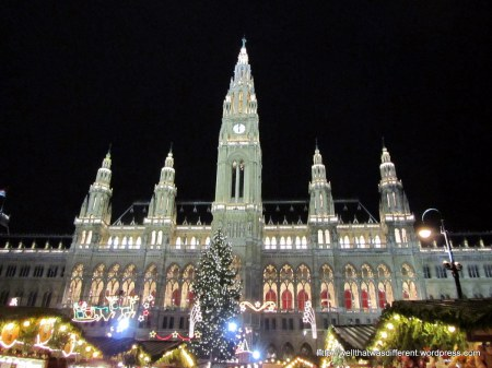 The Rathausplatz in all its Christmas glory.