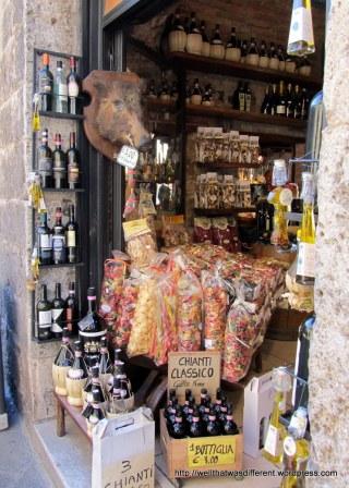 Wine (Vernaccia di Gimignano), cheese, wild boar sausage...