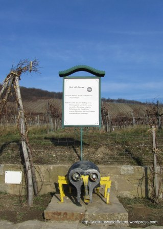 A memorial to the wine louse, which almost wiped out production at the turn of the last century. That was a close one.