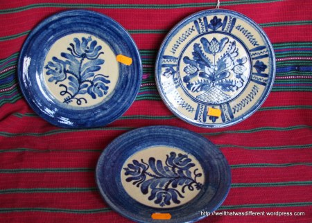 Turkish plates to hang on the wall on my new terrace (the ultra-modern architecture needs something to warm it up.)