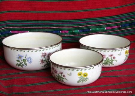 Enamel ware nesting bowls (still need a bit of scrubbing.)
