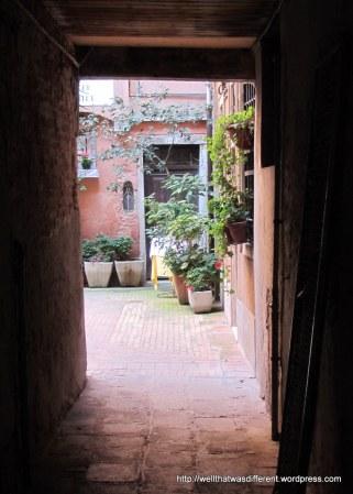 Pretty courtyard.