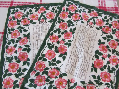 More pretty kitchen linens.