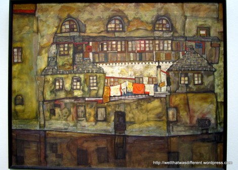 A Schiele townscape. Love the laundry hanging on the line.