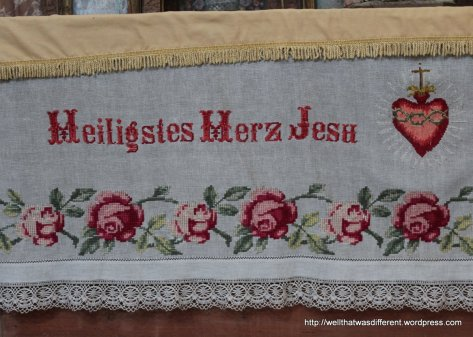 Slovak-style cross-stitch on linen