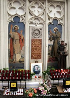 Shrine to St Clement Maria Hofbauer, patron of the church and of Vienna