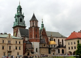 Wawel cathedral from the castle courtyard