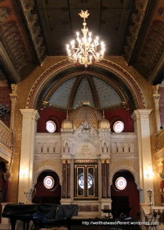 Tempel Synagogue--Moroccan influence