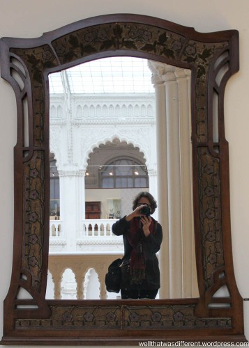 Selfie with Secession mirror.