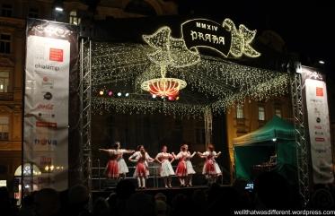 Moravian dancers in Starometske Namesti.