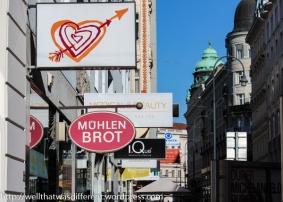 Shopping near the Stadtpark.