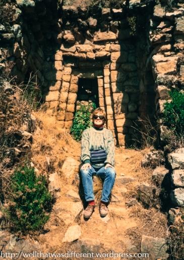 Posing in the ruins.