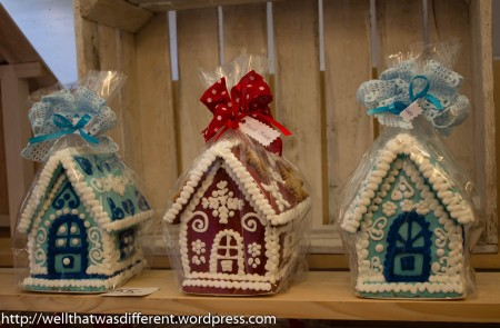 Beautiful little gingerbread houses.