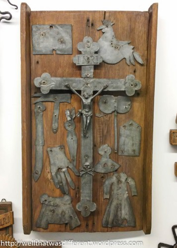 Lots of folk art crucifixes in this overwhelmingly Catholic country.