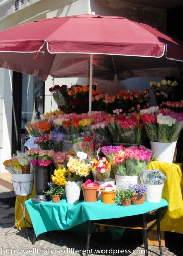 Flower vendors are also popping up everywhere. A dozen big tulips costs around $5!