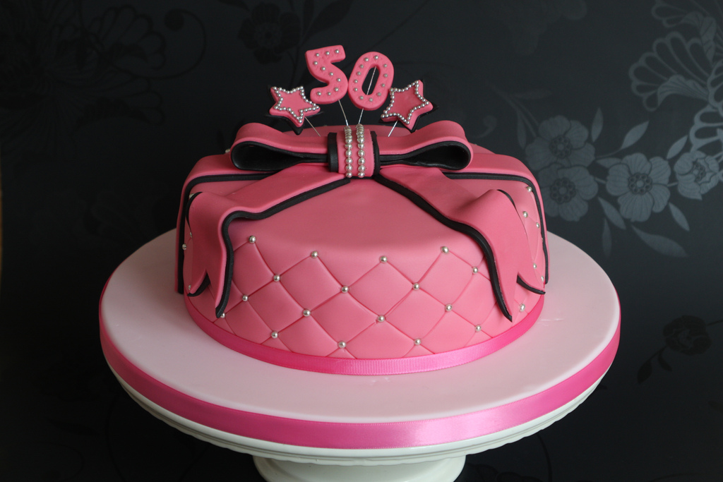 Birthday Cake Designs For A Lady : The Big Five-Oh   Well, That Was Different
