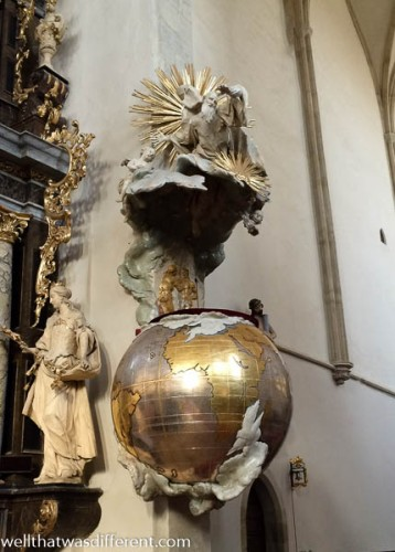 Really cool pulpit in the cathedral.