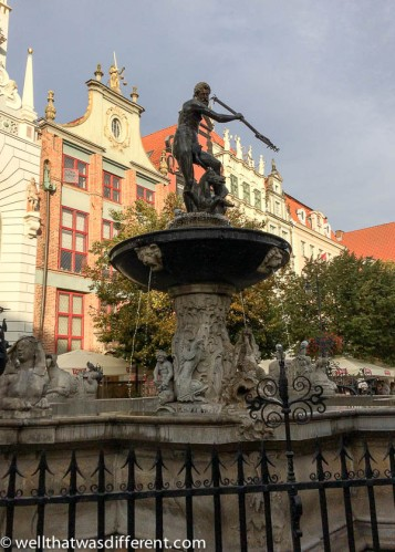 The Neptune Fountain in the Glowny Rynek (market square).